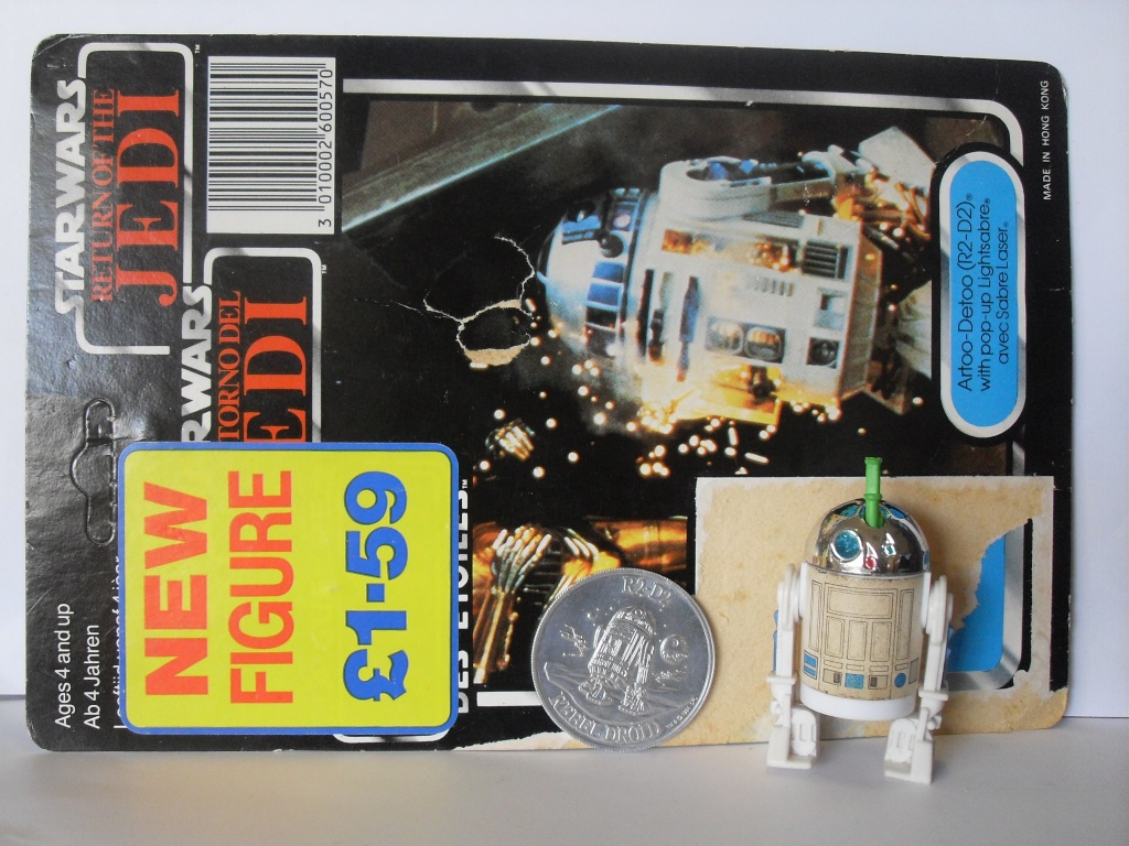 The TIG FOTW Thread: R2-D2 (POP-UP LIGHTSABER) Sdc12589
