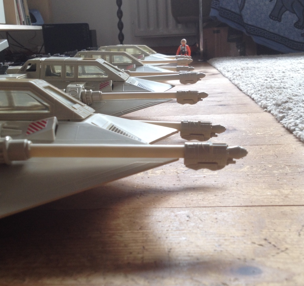 My first SW Project. 5 snowspeeders and 1 B Wing fully restored Fullsi14